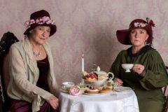 ...  vielleicht war das Tässchen Tee doch nicht so harmlos ....